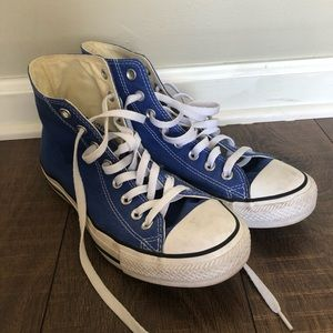 Royal blue converse high tops size 9 woman, 7 men